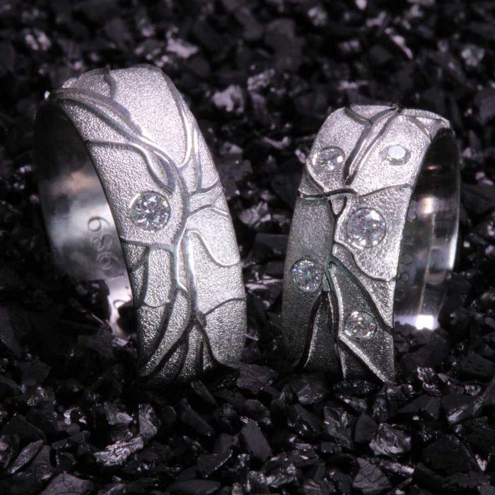 Brillantring-Retina-einzigartig-Goldschmiede-Basel-Juwelier-nachhaltig-fairtrade-spezielle-Ringe-individuelle-designs-handgefertigt